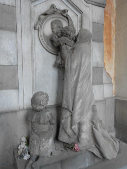Staglieno, gli angeli che proteggono il sonno  (4/6)