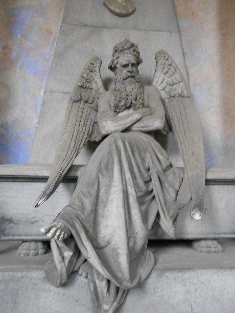Staglieno, gli angeli che proteggono il sonno  (5/6)