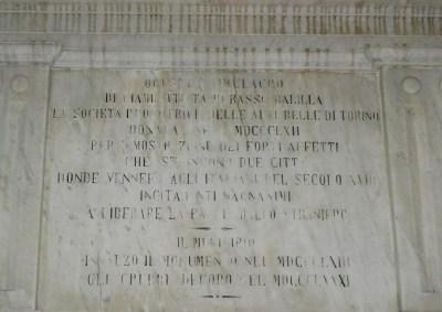 Iscrizione Momumento a Balilla