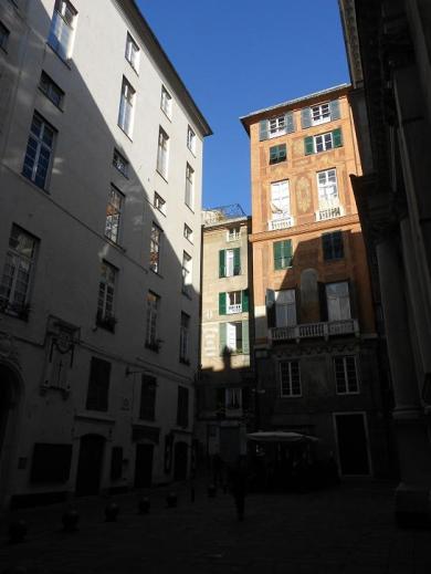 Piazza delle Vigne 3