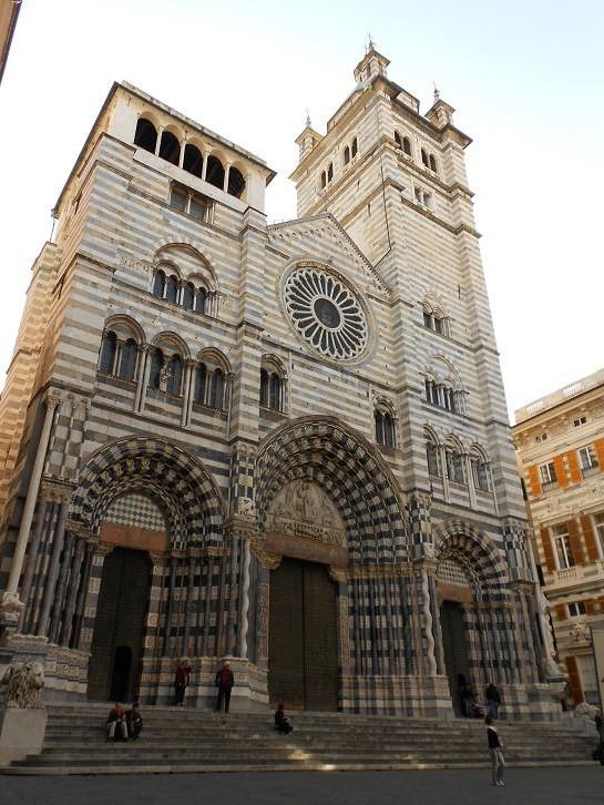 San lorenzo fascino e misteri di una cattedrale dear for Palazzi di una storia