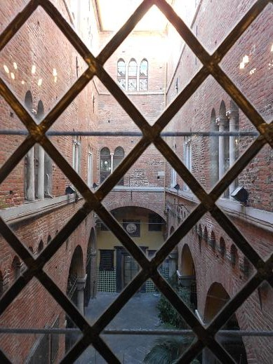 Palazzo San Giorgio (8)