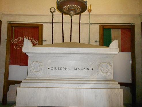 Tomba di Mazzini (13)