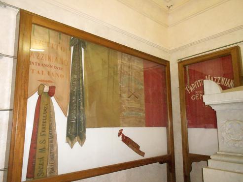 Tomba di Mazzini (4)