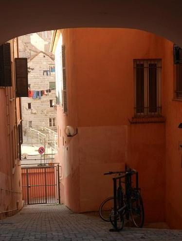 Vico delle Monachette da Via Balbi