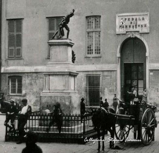 Piazza Pammatone (3)