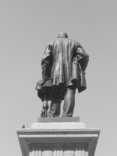 Monumento a Rubattino