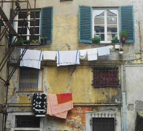 Piazza Embriaci (2)