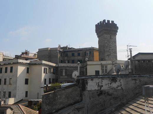 Torre Embriaci (2)