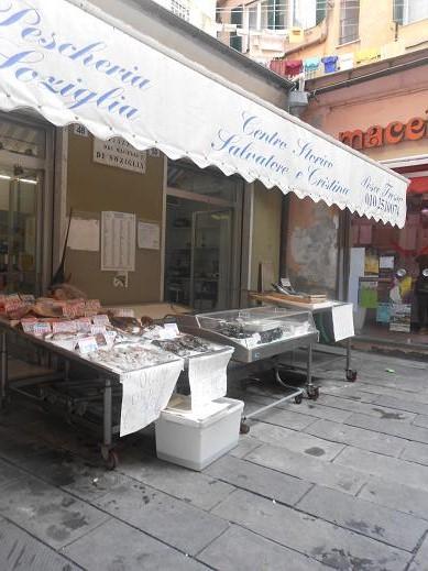 Piazza dei Macelli di Soziglia (11)
