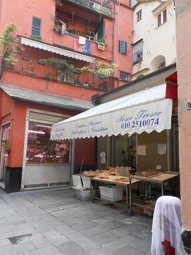 Piazza dei Macelli di Soziglia (12)