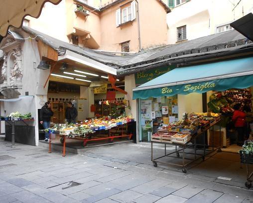 Piazza dei Macelli di Soziglia (4)