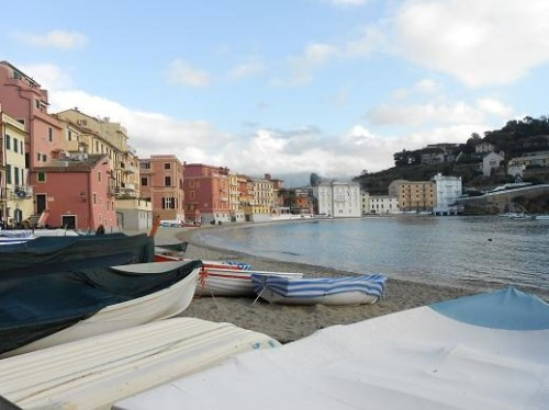 sestri levante single girls Set in sestri levante,  vis À vis, sestri levante (italy) deals  room has a large single bed and panoramic views over the town and the hills.