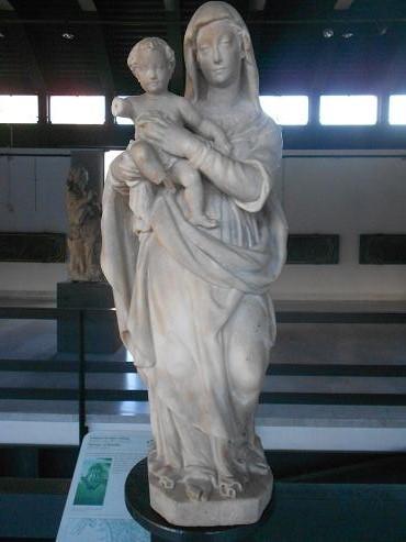 Via San Luca - Madonna con il bambino 1a