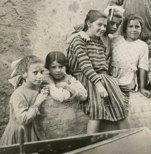 Preferenza I bambini vanno al mare, agli inizi del '900   Dear Miss Fletcher QZ63