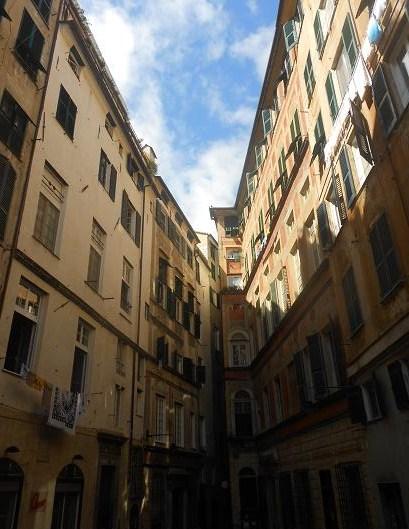 Piazza Pinelli