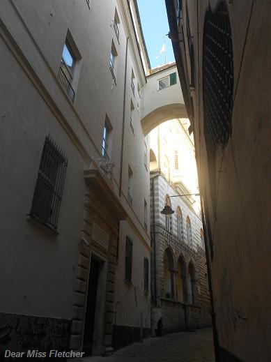 Salita all'Arcivescovato (4)