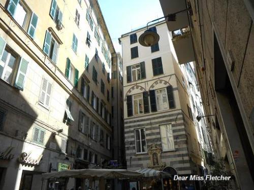 Piazza Soziglia (4)