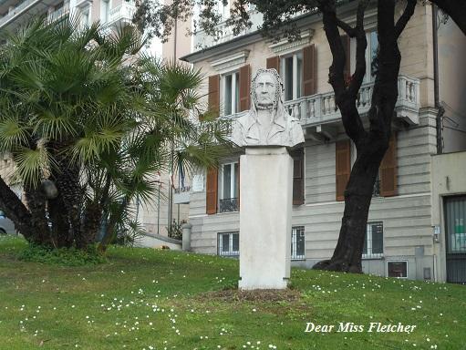 piazza-corvetto-8